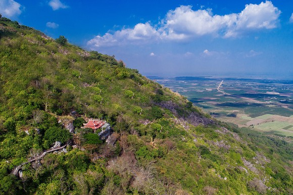 Núi Bà Đen - Tây Ninh