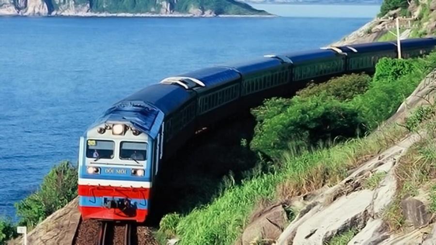 Tới Sầm Sơn bằng tàu hỏa