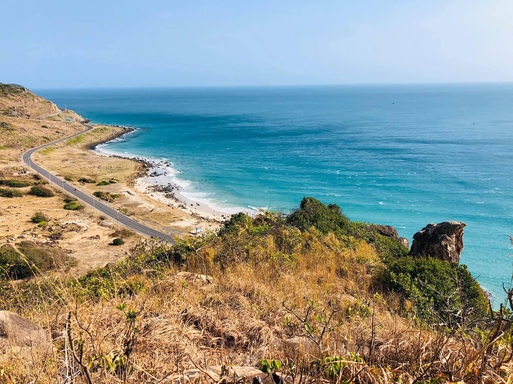 Đảo Côn Sơn của nước ta thuộc tỉnh nào?
