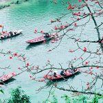 Hà Nội cách chùa Hương bao nhiêu km? Đi bằng xe máy có thuận tiện không?
